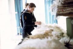 04_buying_sheepskins_Thorshavn_Faroes_April1970