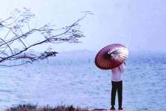 04_fishing_under_a_parasol_Singapre_Sept1970