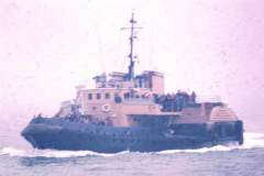 10_Paddle_tug_for_families_Portsmouth_25Feb1972