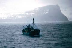 11_MV_Mount_Sorrel_Trawler_under_tow_Faroes_April1970