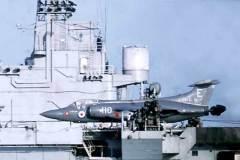 15_Phantom_landing_on_Eagle_Mediterranean_Jan1970