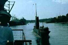 18_HMS_Finwhale_arrives_in_Mombasa_Dec1971