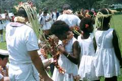 20_Garland_presenting_Kirakira_Solomon_Islands_Sept1970