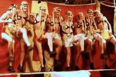 25_Tiller_Flat_Girls_Stokers_Sods_Opera_July1970