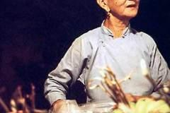 27_Amahs_market_ancient_Chinese_lady_Aug1970