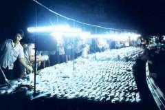 27_Amahs_market_shirt_traders_Aug1970