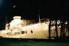 33_HMS_Triumph_floodlit_Rio_de_Janeiro_Feb1972