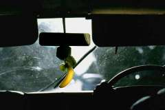 40_ina_a_Mombasa_taxi_Sept1971